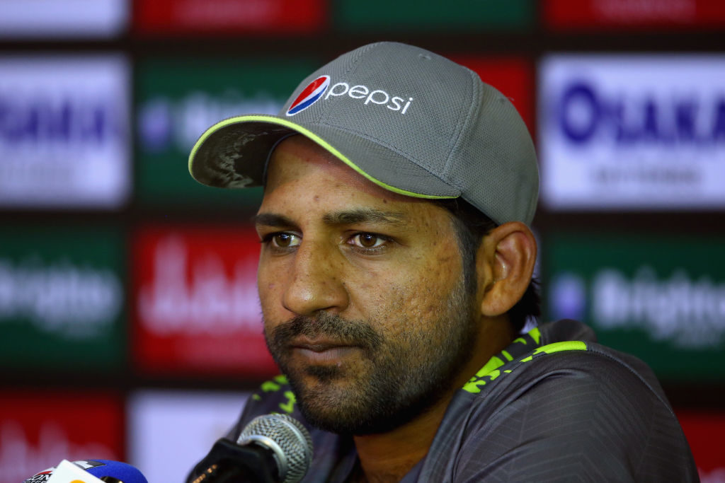 Sarfaraz tweets apology for 'frustrated' comment