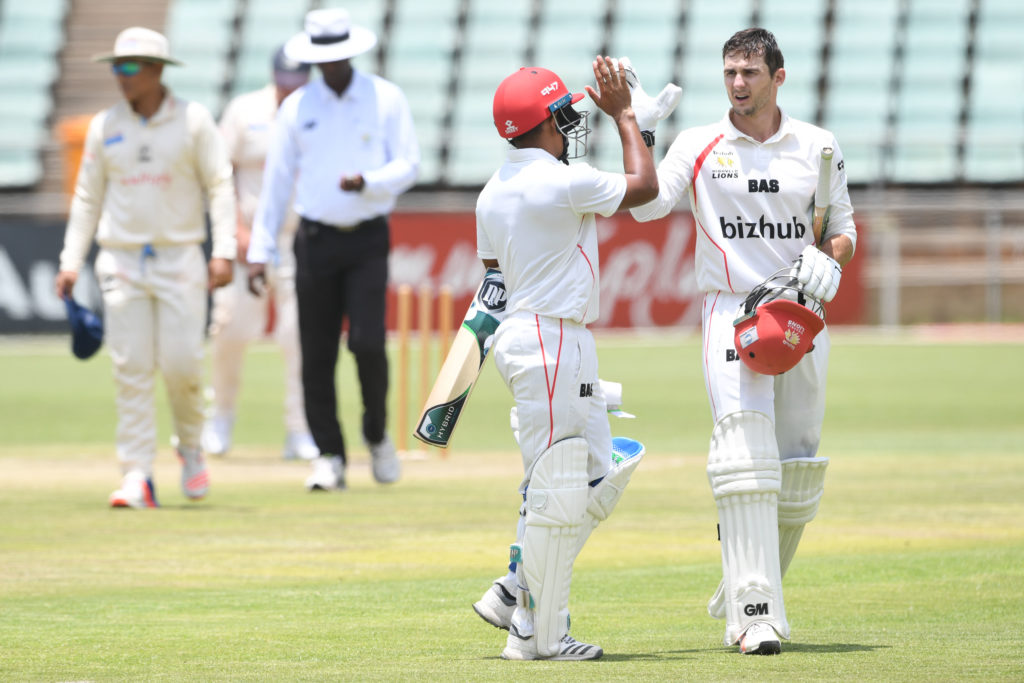Van den Bergh's double ton stumps Titans