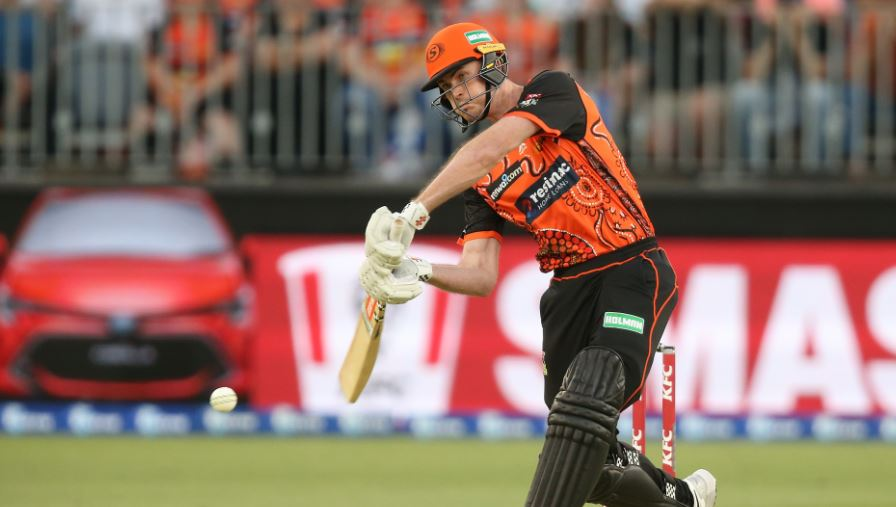 Turner, Short in Aussie squad for India series