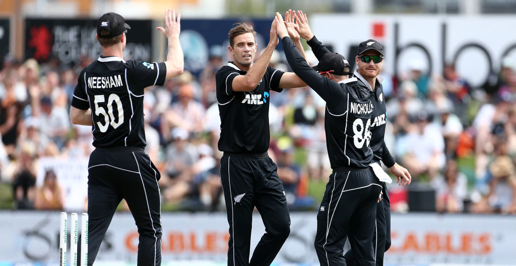 Southee picks up six in Dunedin