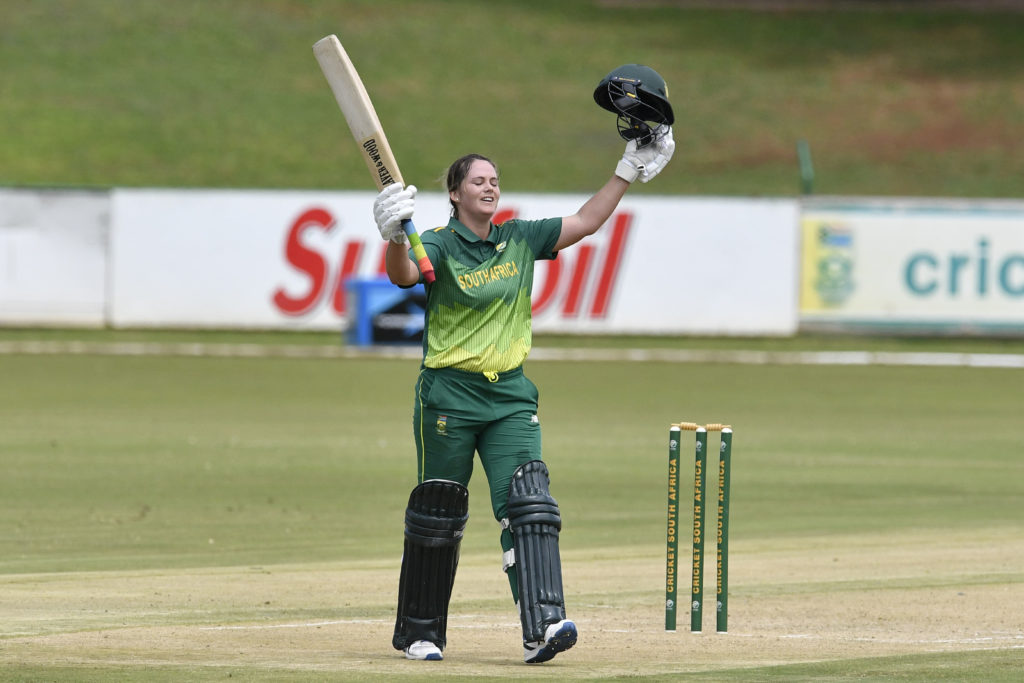 Dane does it again for Proteas