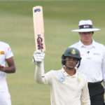 De Kock edges SA closer to 200