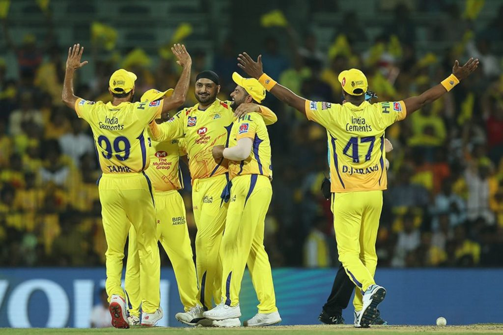 VK, AB fail as Challengers stumble in IPL opener