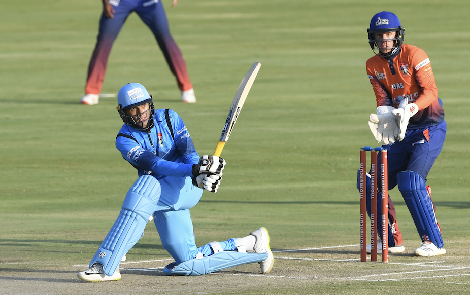 Titans crush Cobras by 10 wickets
