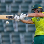Pretorius shines to seal whitewash