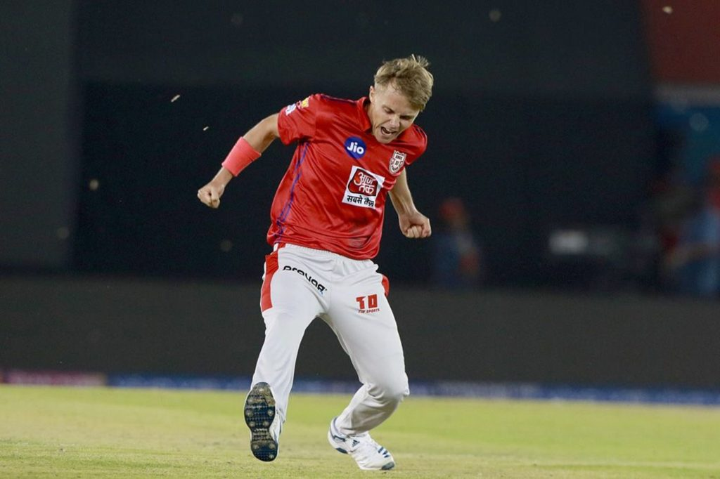 Curran hat-trick fuels Capitals' capitulation