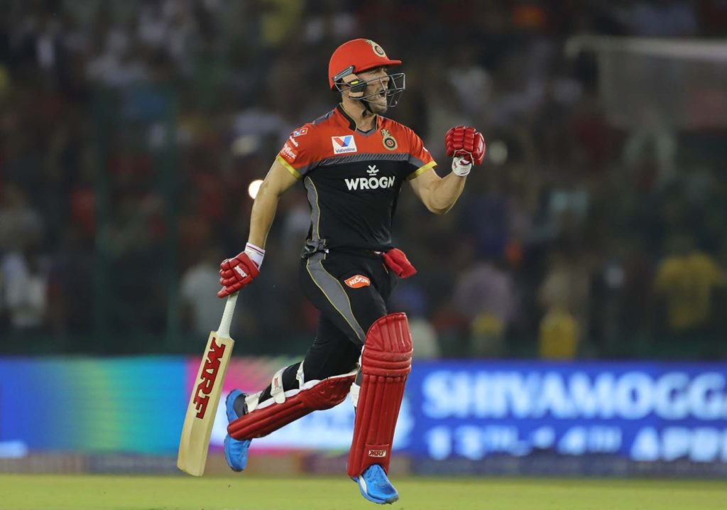 Steyn-less RCB romp to victory after AB show