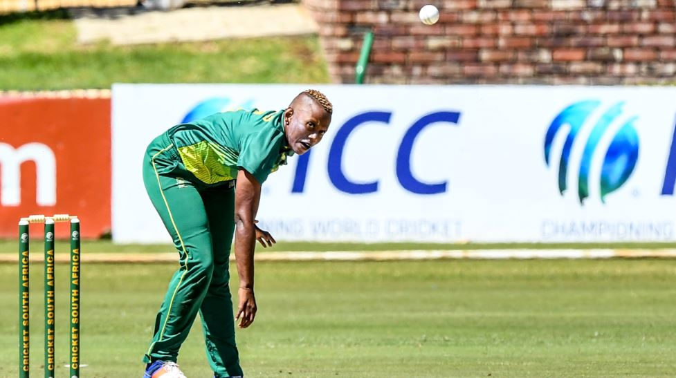 Klaas hat-trick sinks Pakistan