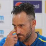 Faf staying 'to help with transition period'