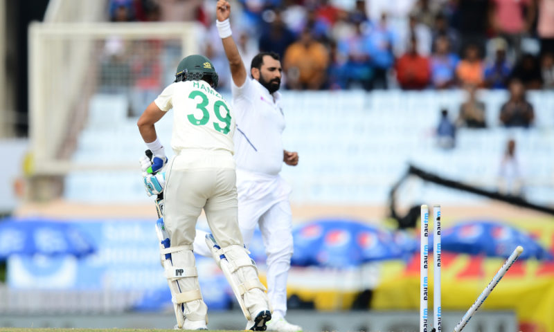 Proteas lose 16 wickets in one day