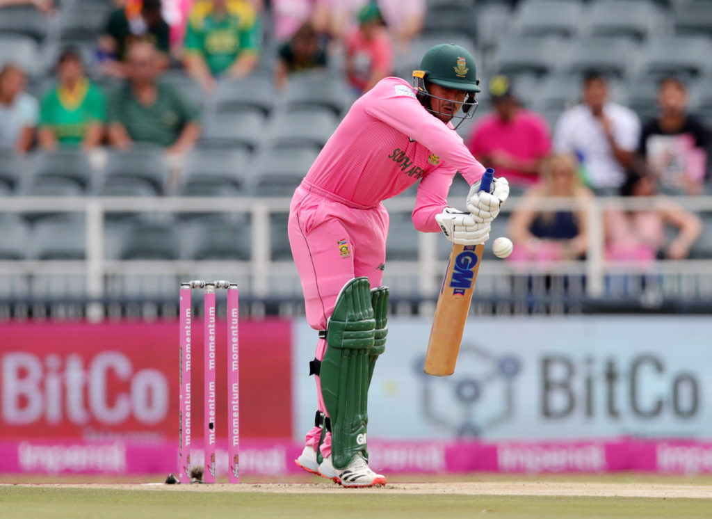 England restrict Proteas to 256