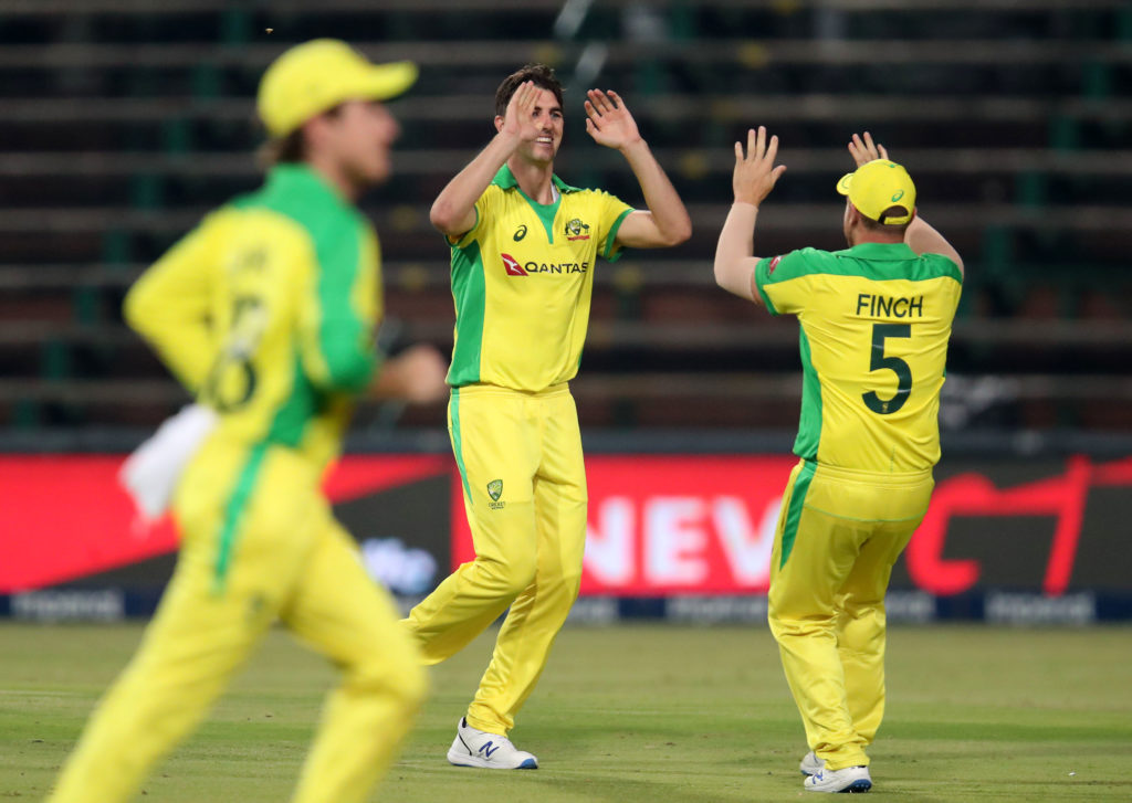Australia humiliate South Africa in opening T20I