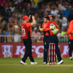 England win second T20I