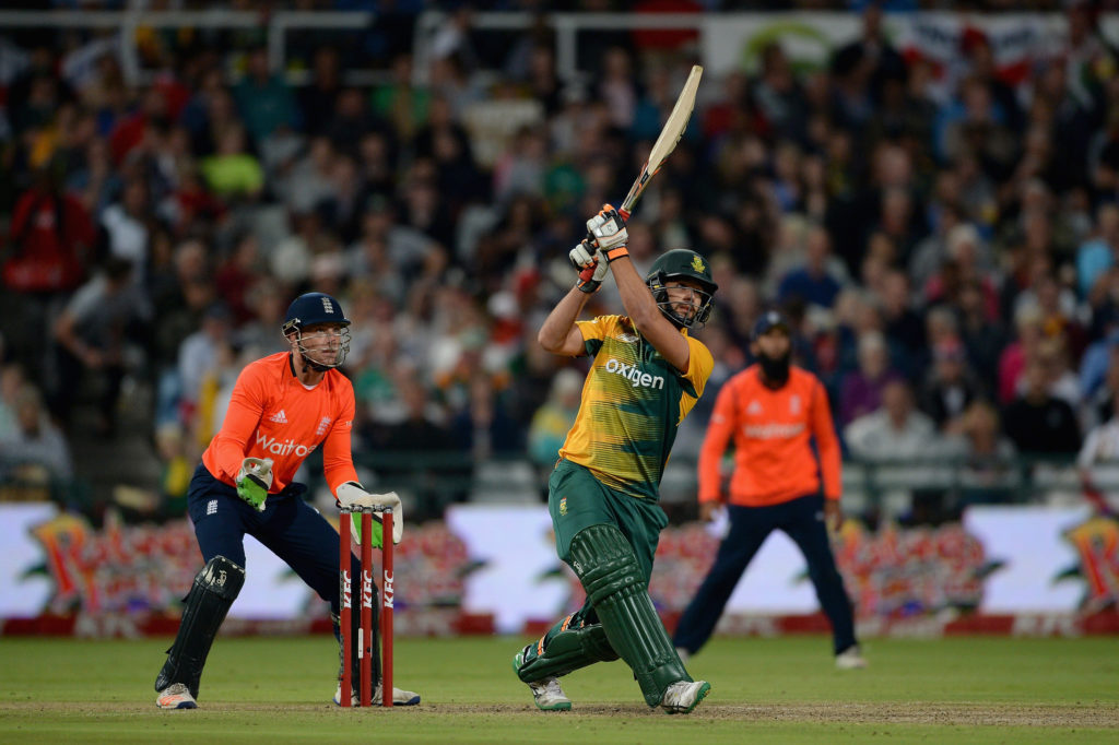 Renegades bag Rossouw