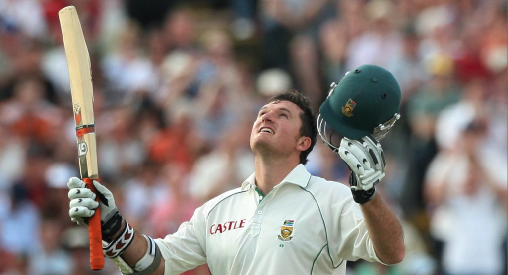 Watch: Smith hits SA to 2008 series win in England