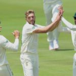 Lunch: Proteas tighten grip on Test