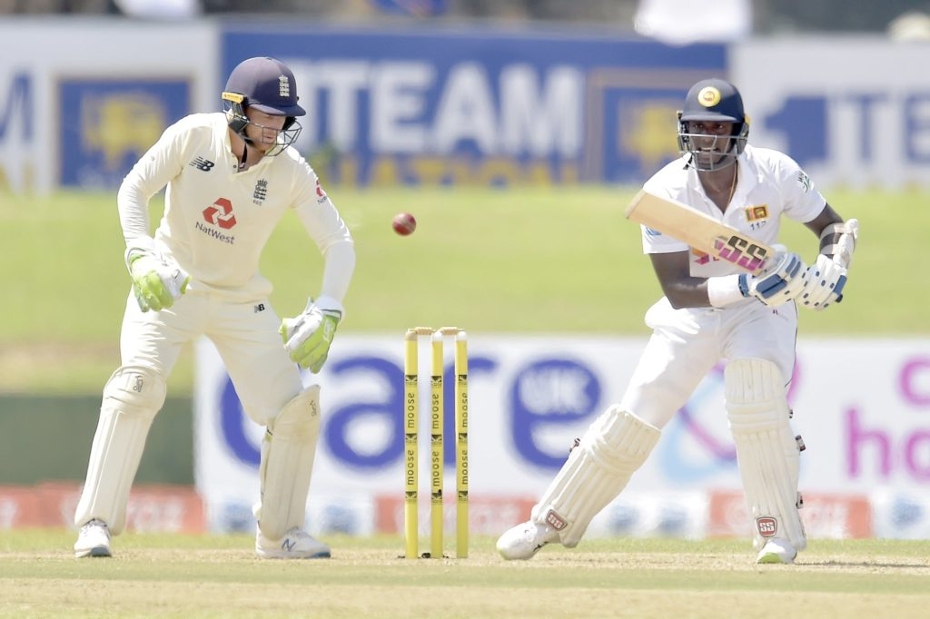 Matthews ton anchors Sri Lanka's day