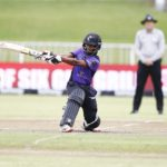 Petersen, Erwee power Dolphins to victory